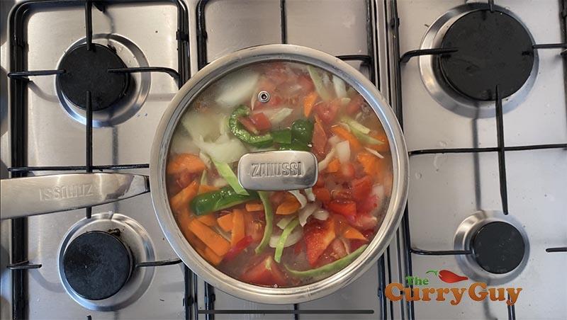 simmering the gravy