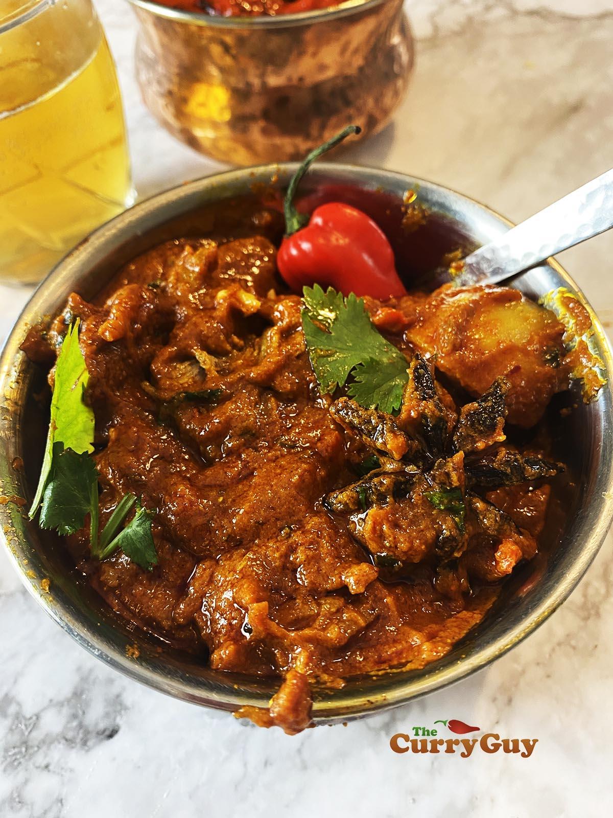 Lamb vindaloo curry