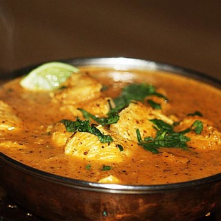 Chicken Chasni Balti Curry