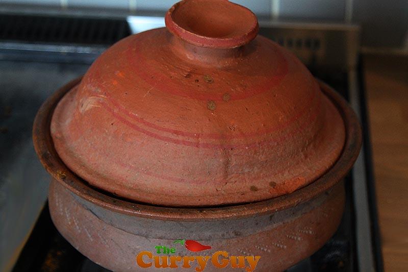 Making Sri Lankan Black Pepper Chicken Curry