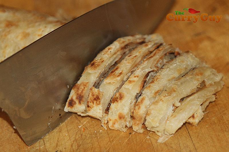 Making kottu roti