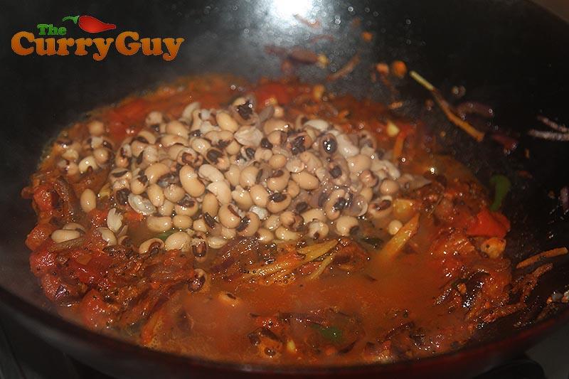 Making black eyed bean curry