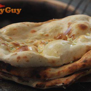 Easy Tandoori Garlic Naans