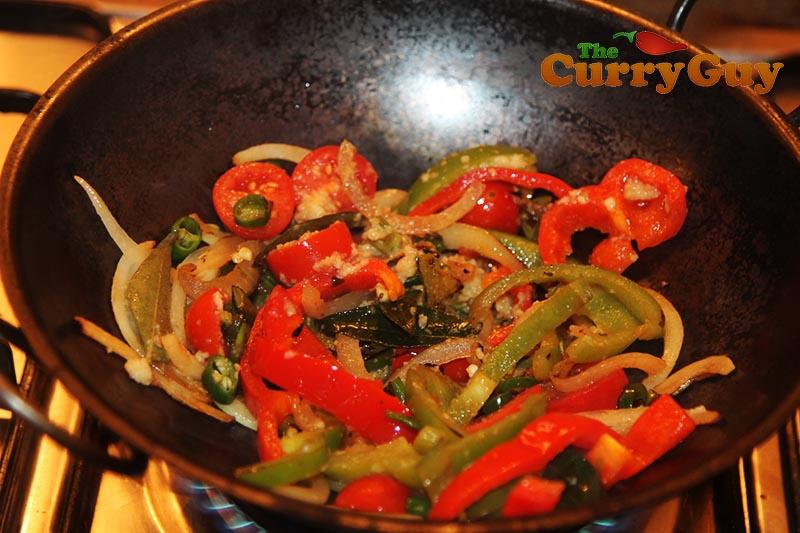 Making low fat chicken jalfrezi