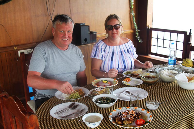 Kerala backwaters cruise dining