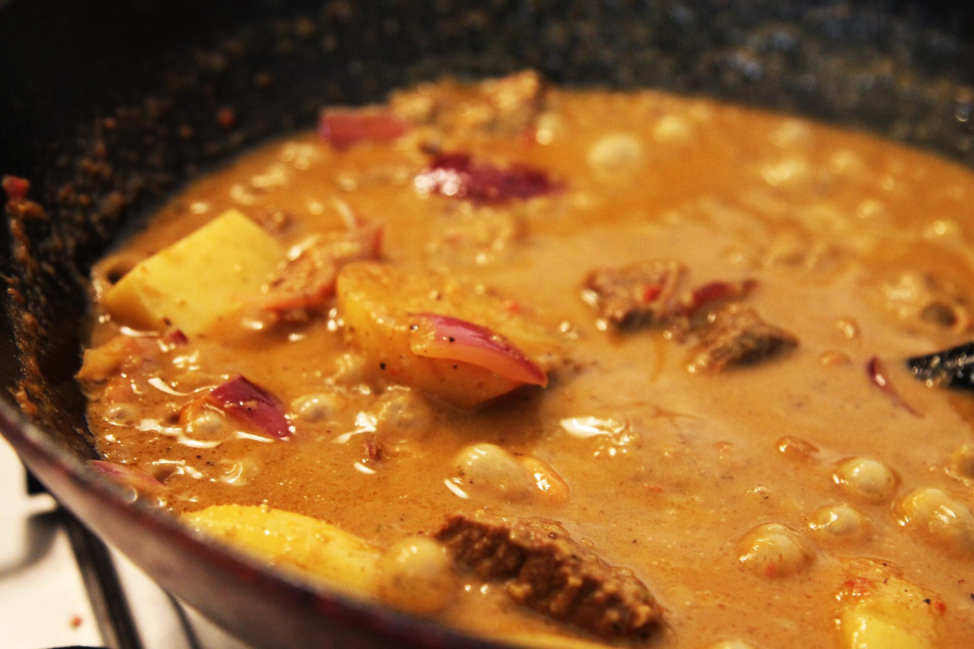 How To Make Beef Massaman Curry