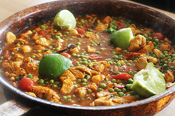 Quorn Balti With Mushrooms and Peas