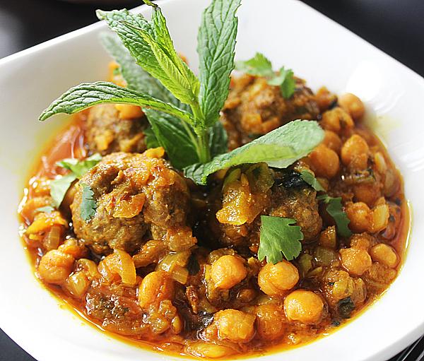 Lamb Kofta Curry With Chickpeas