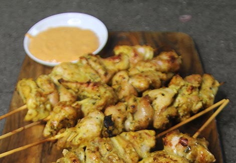 Thai Chicken Satay with Peanut Sauce