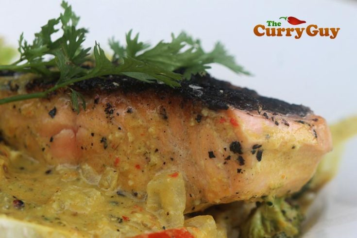 Salmon Curry with Broccoli and Coconut