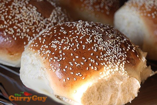sesame see bread rolls