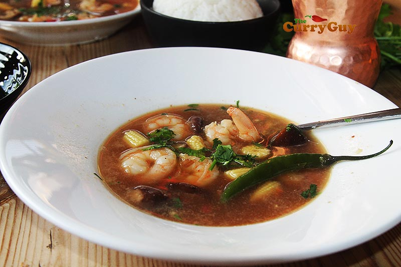 Thai hot and sour prawn soup