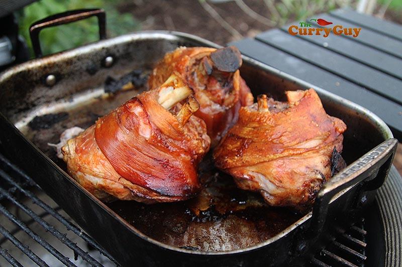 pork shanks with crackling