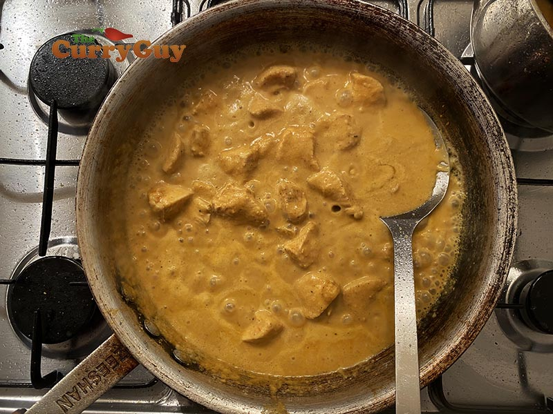 Chicken korma finished