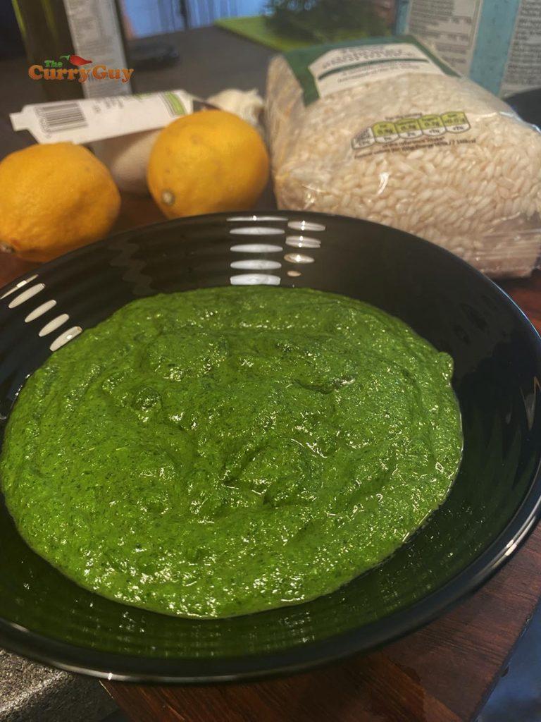 parsley and garlic sauce
