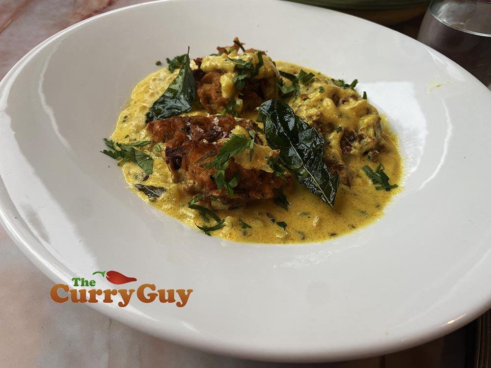 Onion bhaji curry