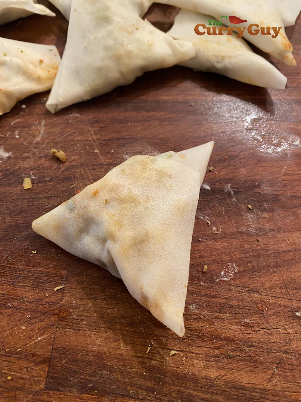 Finished samosa